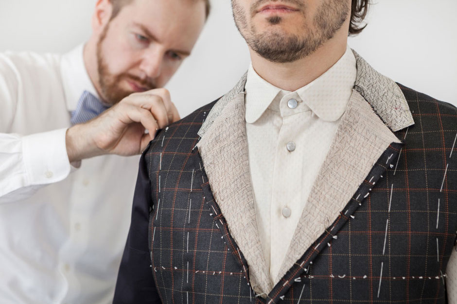 Second fitting of a bespoke suit at Egon Brandstetter bespoke tailoring Berlin