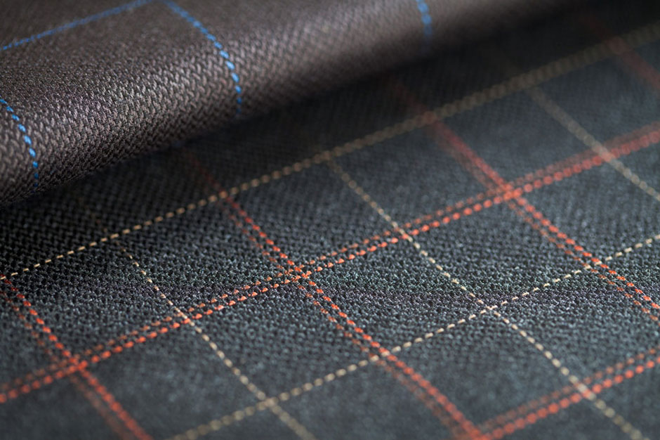 Glencheck cloth with typical overcheck pattern at Egon Brandstetter bespoke tailoring Berlin