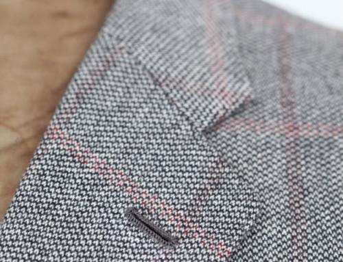 Reversknopfloch eines Kaschmir Sakkos