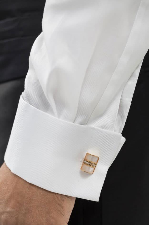 Doppelmanschette eines maßgeschneiderten Smoking Hemds von Egon Brandstetter Maßschneider Berlin